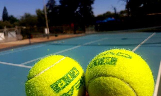 אימון טניס לילדים.jpg