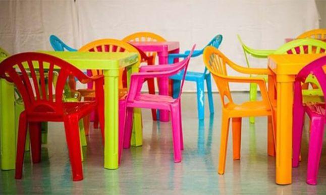סט שולחן וכיסאות פלסטיק איכותי